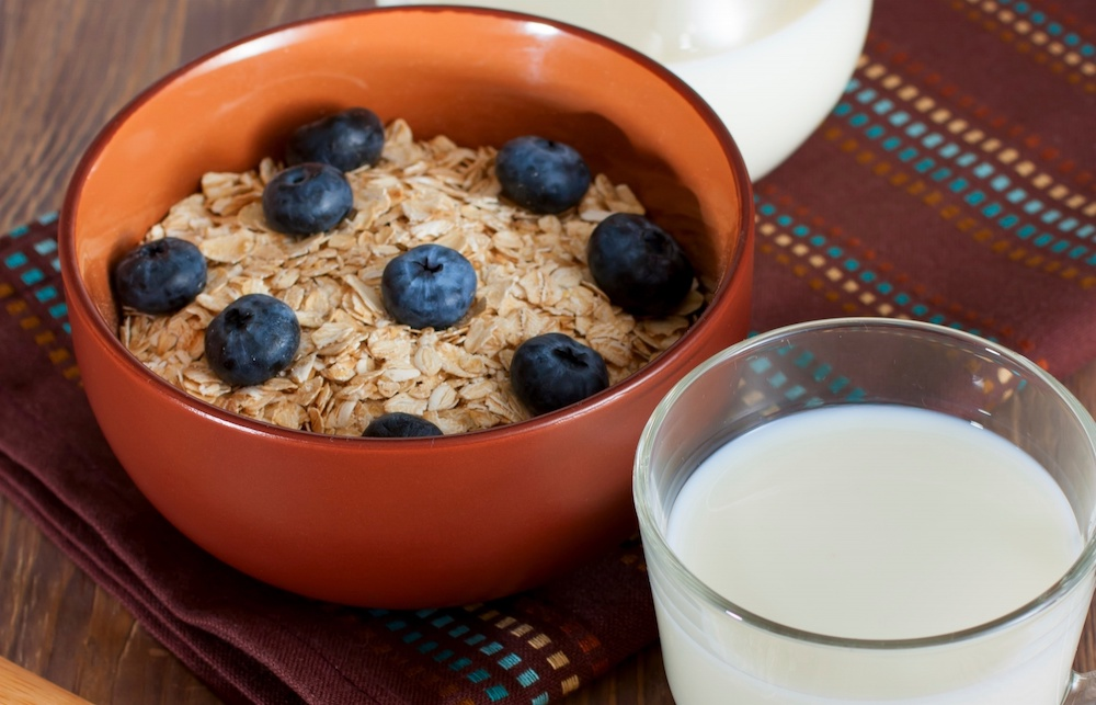 Oatmeal can help lower blood sugar and cholesterol
