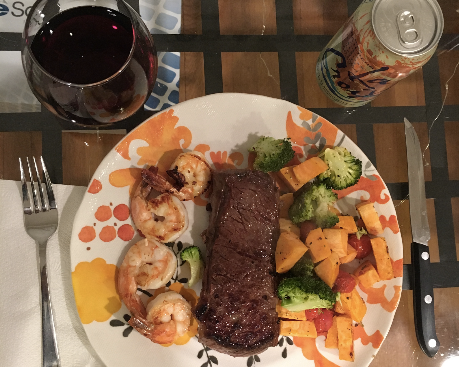 Steak_and_shrimp-301108-edited.png