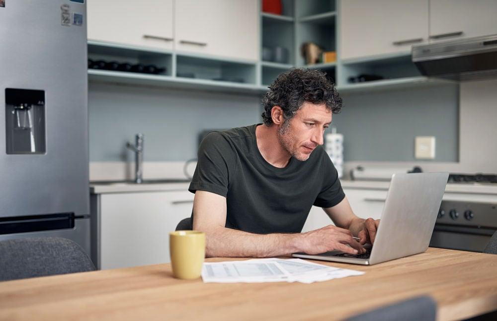 man computer wellness myths