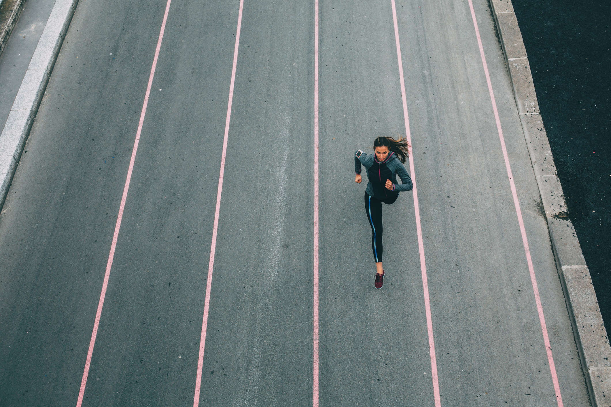 woman-training-menstrual-cycle